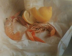 photo of shrimps and lemon